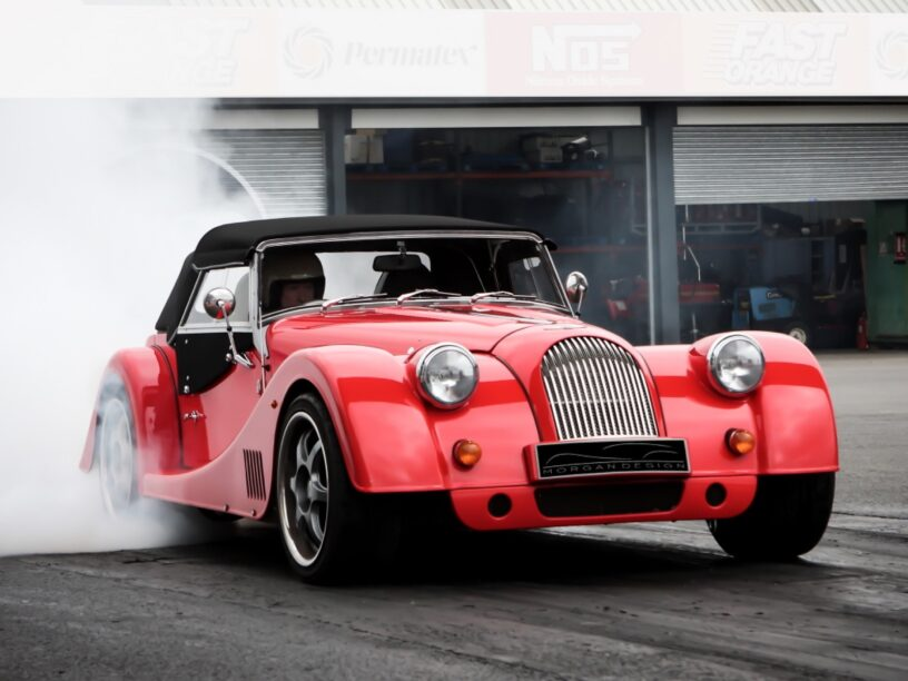 Plus 8 GTR: Atmosphärischer V8, RWD und ein Handbox